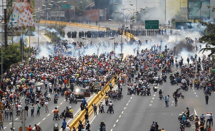 manifestations-venezuela-anti-maduro-9_5860139.jpg